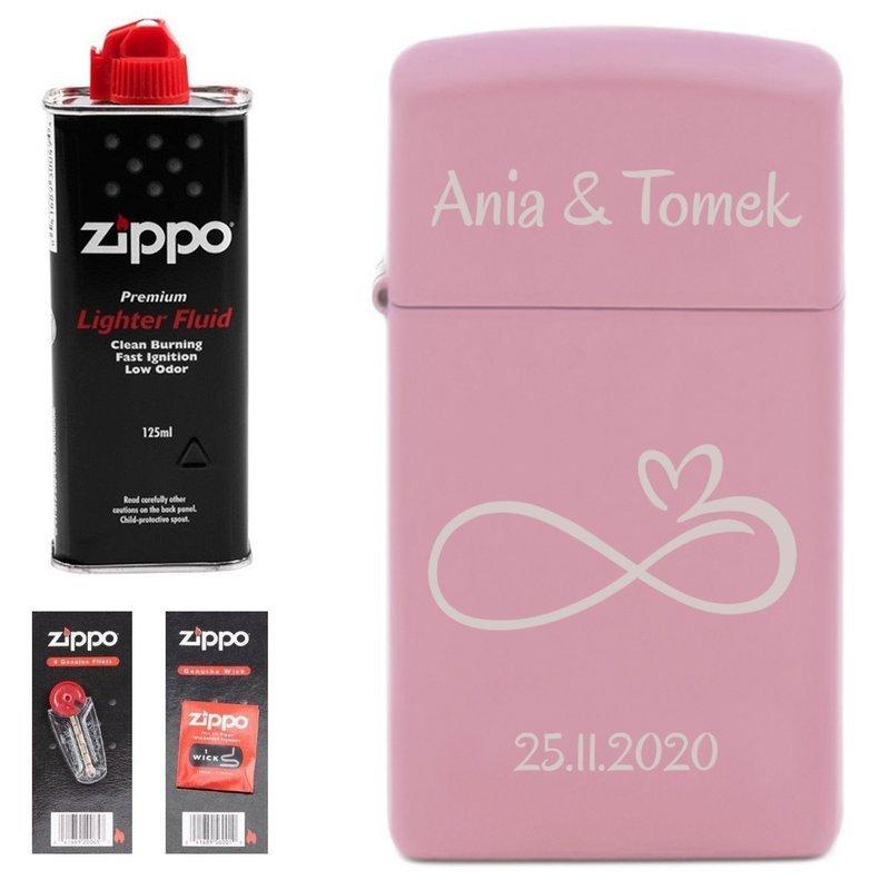 Zapalniczka ZIPPO Slim Pink Matte z benzyną, knotami i kamieniami PREZENT GRAWER